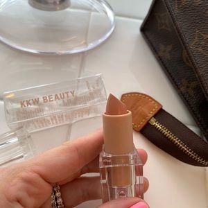 🆕KKW BEAUTY 1 NUDE Creme Lipstick